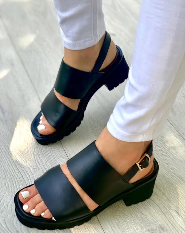 Czarne sandały damskie skórzane 3505/A89