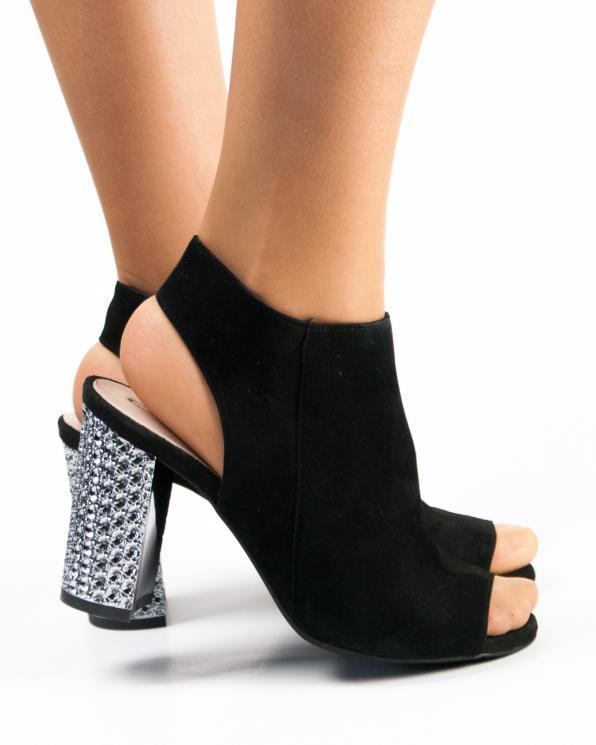 Czarne sandały damskie skórzane 2699/147