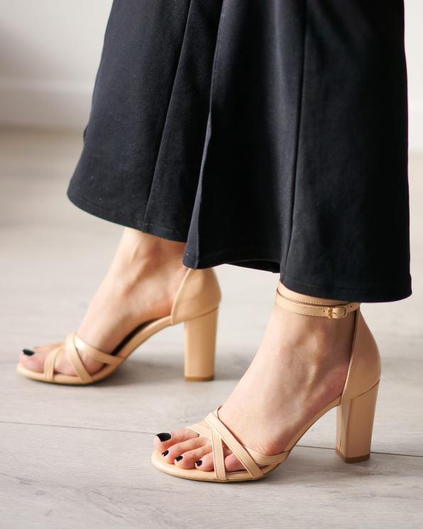 Brązowe sandały damskie skórzane 2996/F76